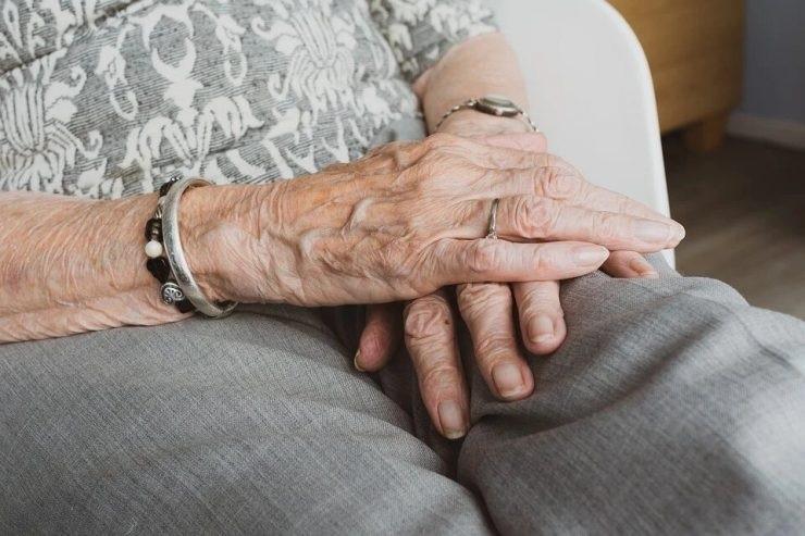 Une femme autrement capable de 84 ans violée par un homme de 39 ans   Sunday Times